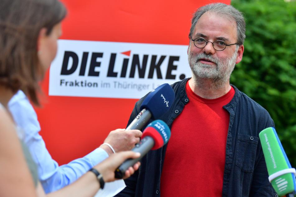 Laut dem Fraktionsvorsitzenden der Linken, Steffen Dittes (48), soll der Antrag zur Auflösung des Thüringer Landtags noch in dieser Woche eingereicht werden. Doch innerhalb seiner Partei gibt es Unstimmigkeiten.