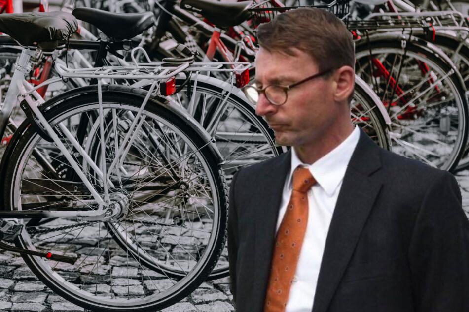 Versuchte lange, den Korruptionsskandal zu vertuschen, und will nun untersuchen lassen, was bereits untersucht wurde: Sachsens Innenminister Roland Wöller (CDU).