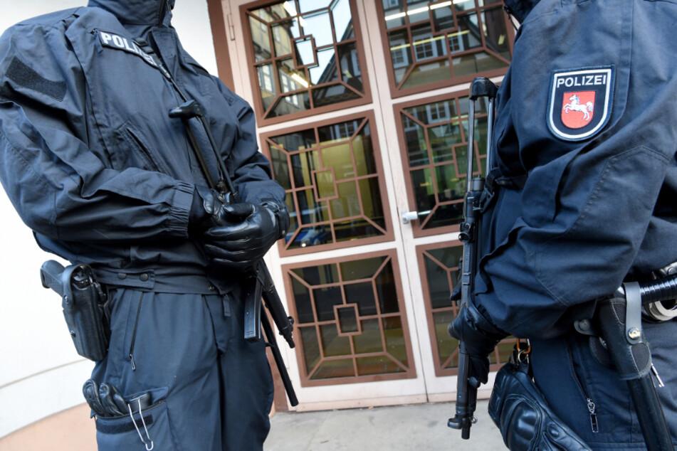 Sie stach Polizisten nieder: IS-Terroristin Safia S. will früher aus dem Gefängnis raus