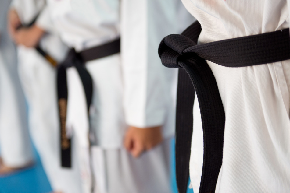 Judo trainer severely injures students for eating ice cream