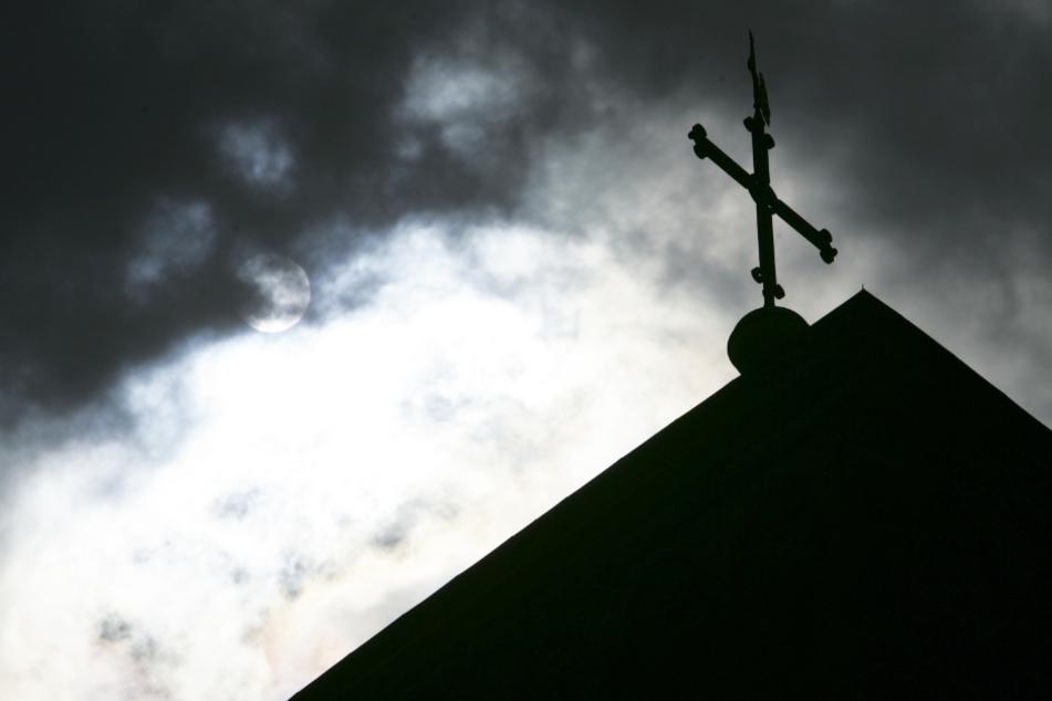 Missbrauch in der Kirche: Bayerns Bistümer tun sich bei Aufarbeitung noch schwer
