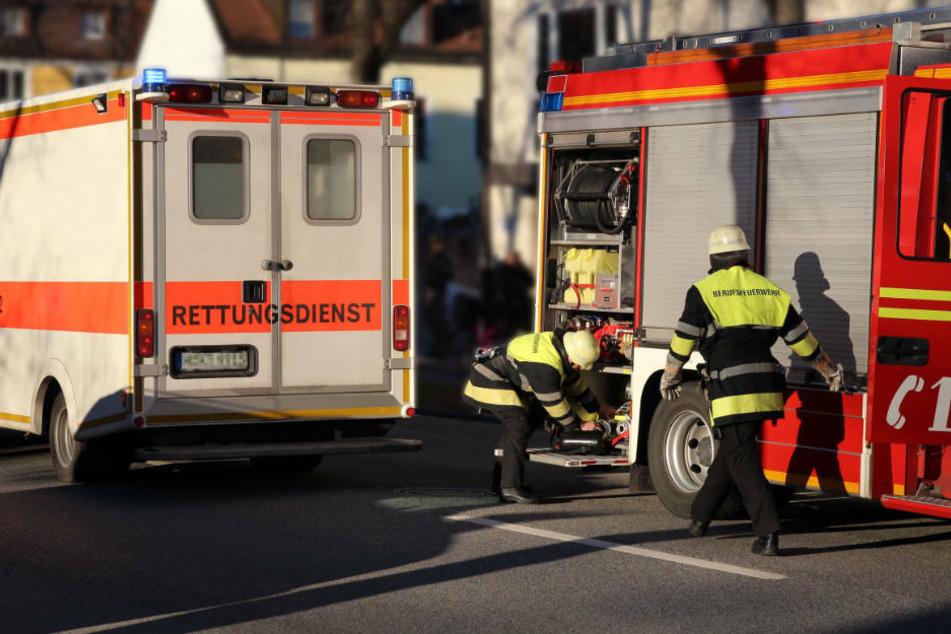 Feuerwehr findet tote Frau in brennendem Haus