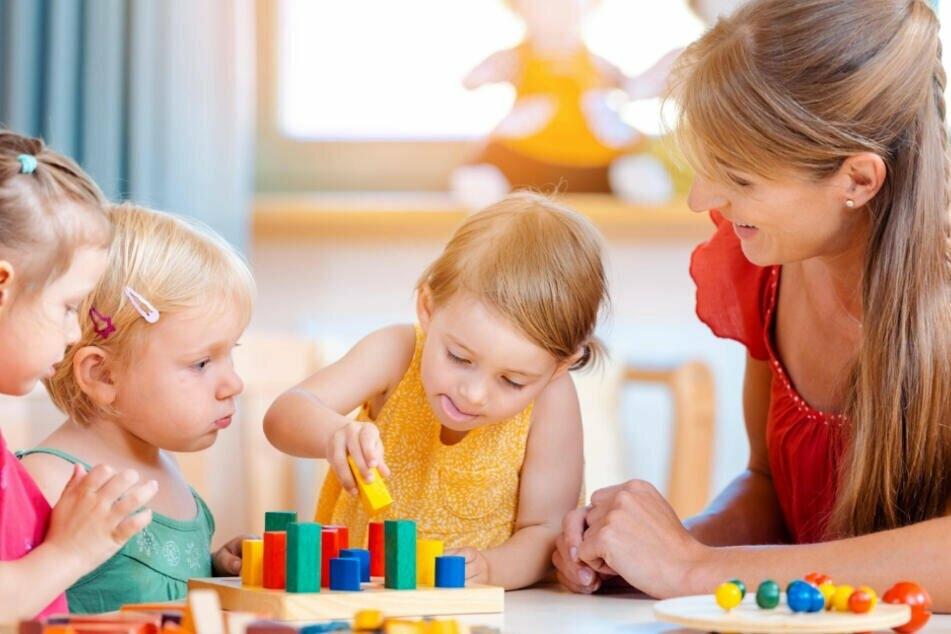 Etwa ein Fünftel aller Kita-Kinder sind derzeit in Bayern in der Notbetreuung. (Symbolbild)