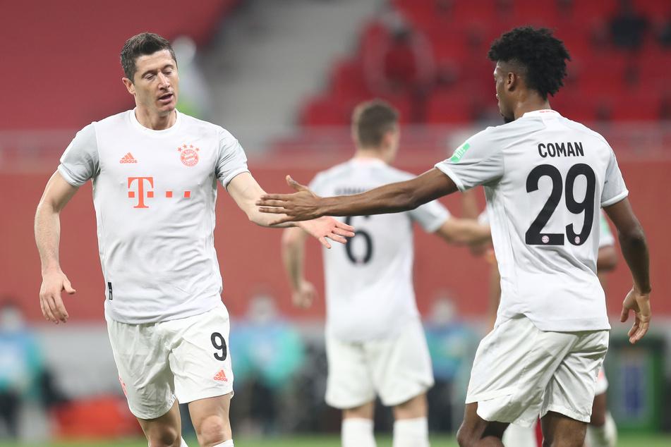 Robert Lewandowski (32, l.) und Kingsley Coman (24) konnten sich im Halbfinale der Klub-WM gegen den Al Ahly SC aus Ägypten durchsetzen.