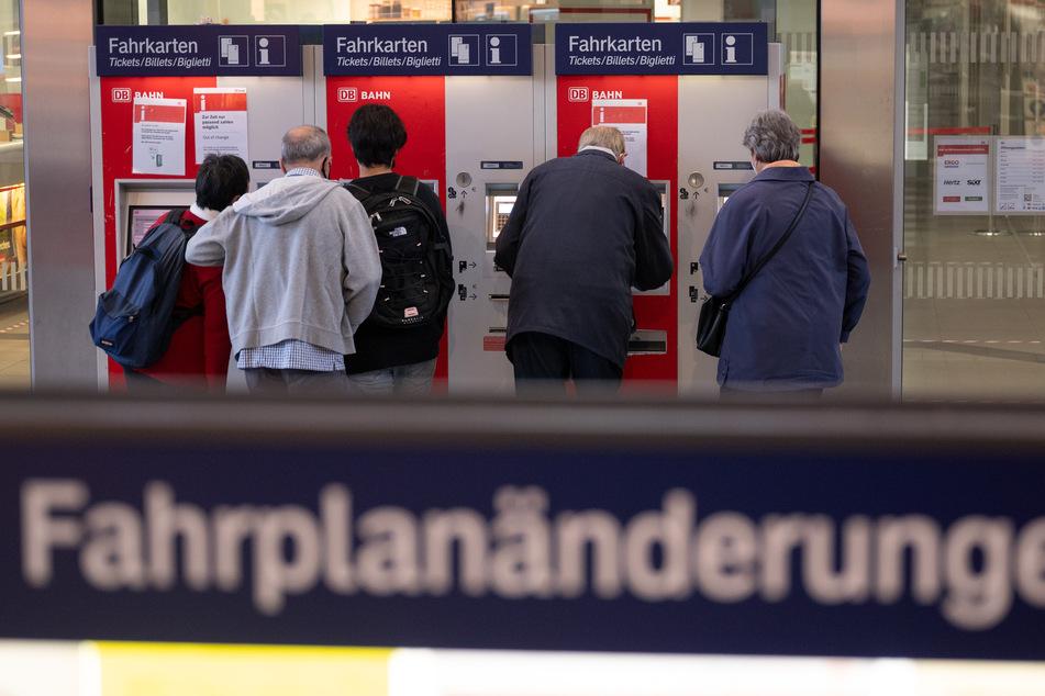 Am Wochenende kommt es in ganze Deutschland zu Fahrplanänderungen und Ausfällen im Bahnverkehr.