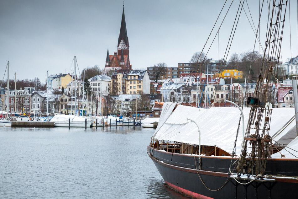Schule, Einkauf und mehr: Kreis Schleswig-Flensburg verschärft Corona-Regeln