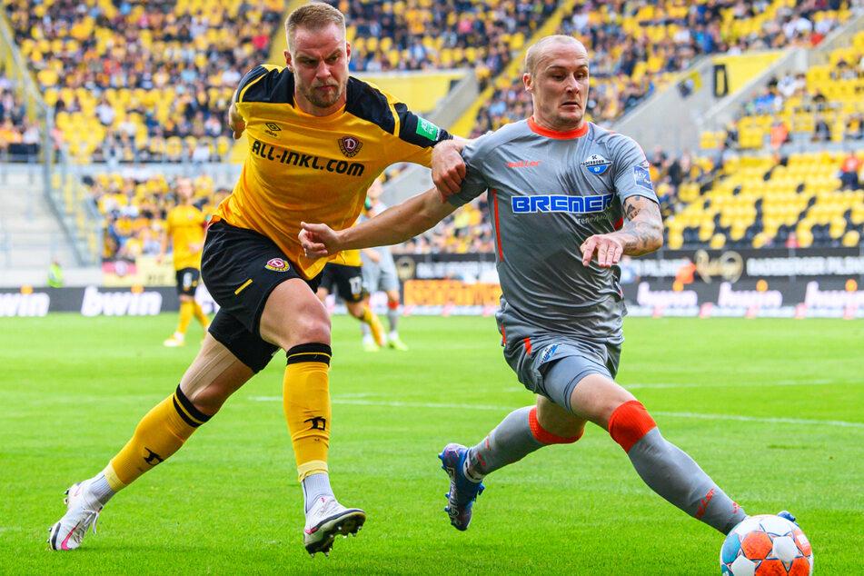Dynamo-Leader Sebastian Mai (l.) wurde nach dem 0:3 eingewechselt und verlieh der Abwehr mehr Stabilität. Hier duelliert er sich mit Paderborns Führungstorschützen Sven Michel.