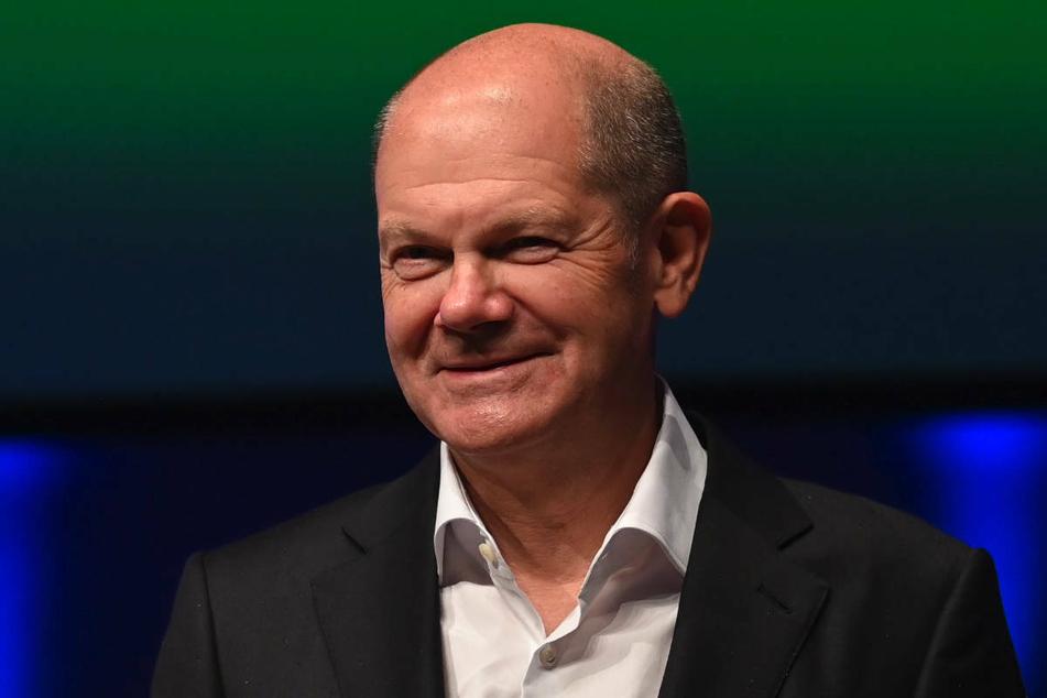 Ihr Kontrahent Olaf Scholz (63, SPD) hat sich bei derselben Veranstaltung hingegen für weitere Tests und gegen eine Impfpflicht ausgesprochen.