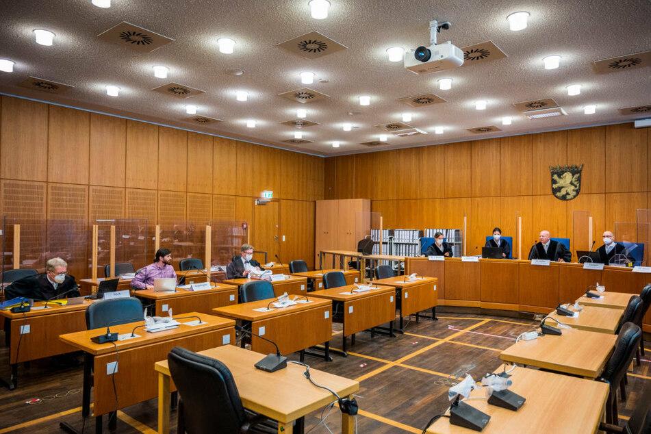 """""""Die Beweiswürdigung machen wir"""", belehrte der Vorsitzende Richter Christoph Koller den Bundeswehroffizier."""