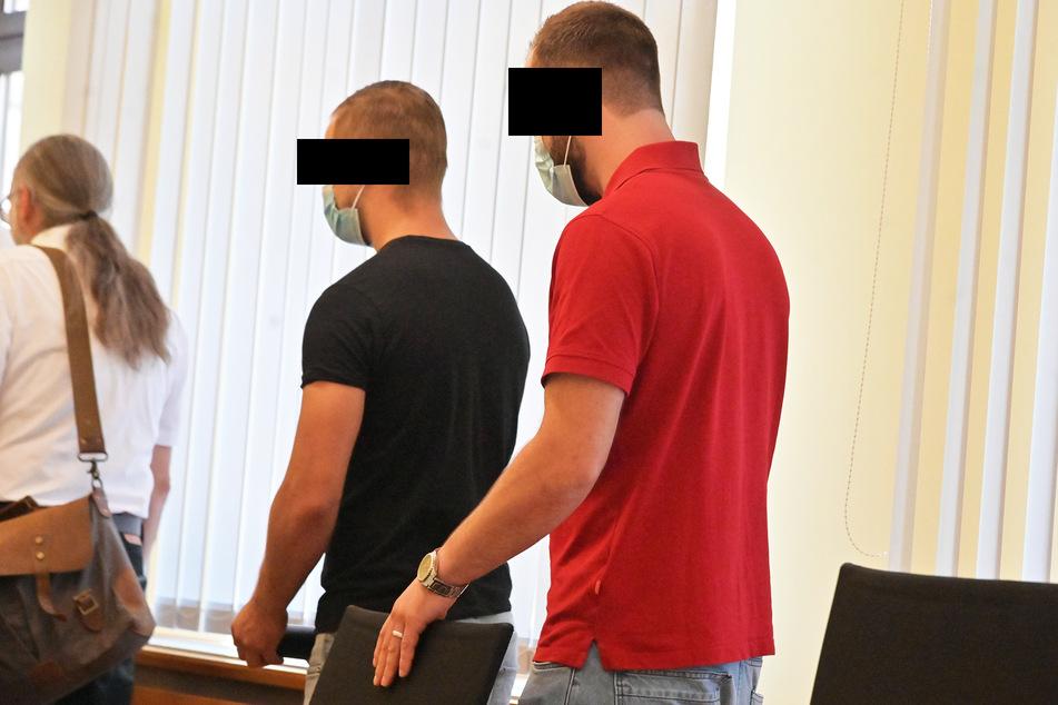 Johannes P. (l.) und Lucas H. (r.) waren am gestrigen Mittwoch am Amtsgericht Zwickau geständig.