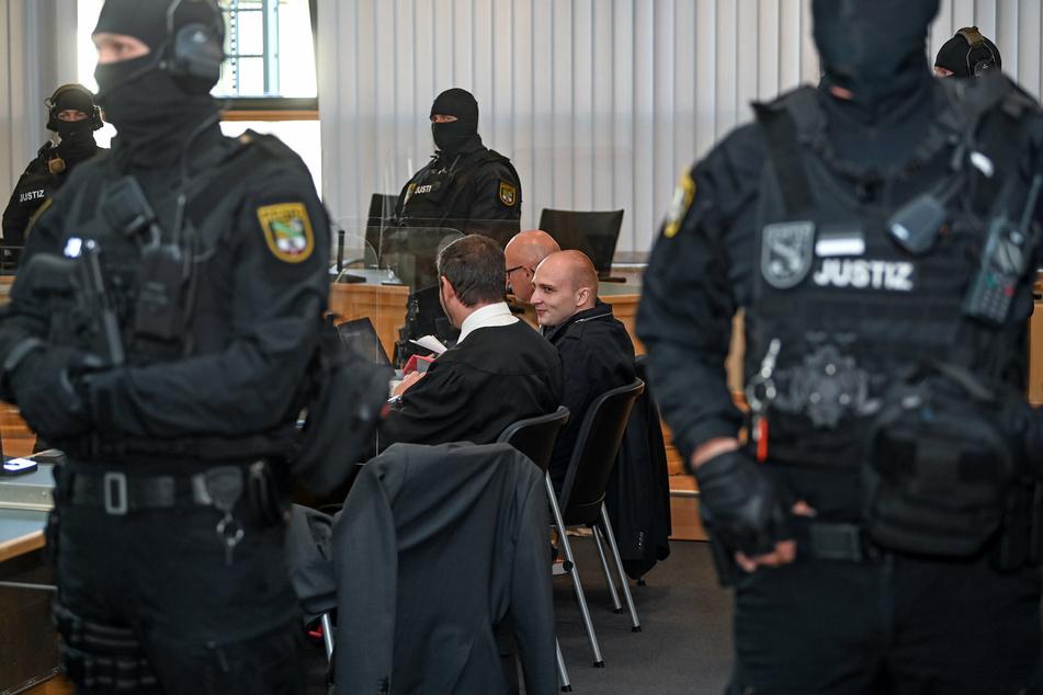 Nach Halle-Attentat: Weitere Überlebende beklagt Verhalten der Behörden