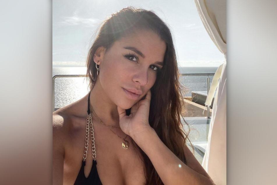 """""""Temptation Island""""-Beauty Meike Emonts (29) behauptet bislang, dass sie nur ein freundschaftliches Verhältnis mit Momo Lee (29) hat."""