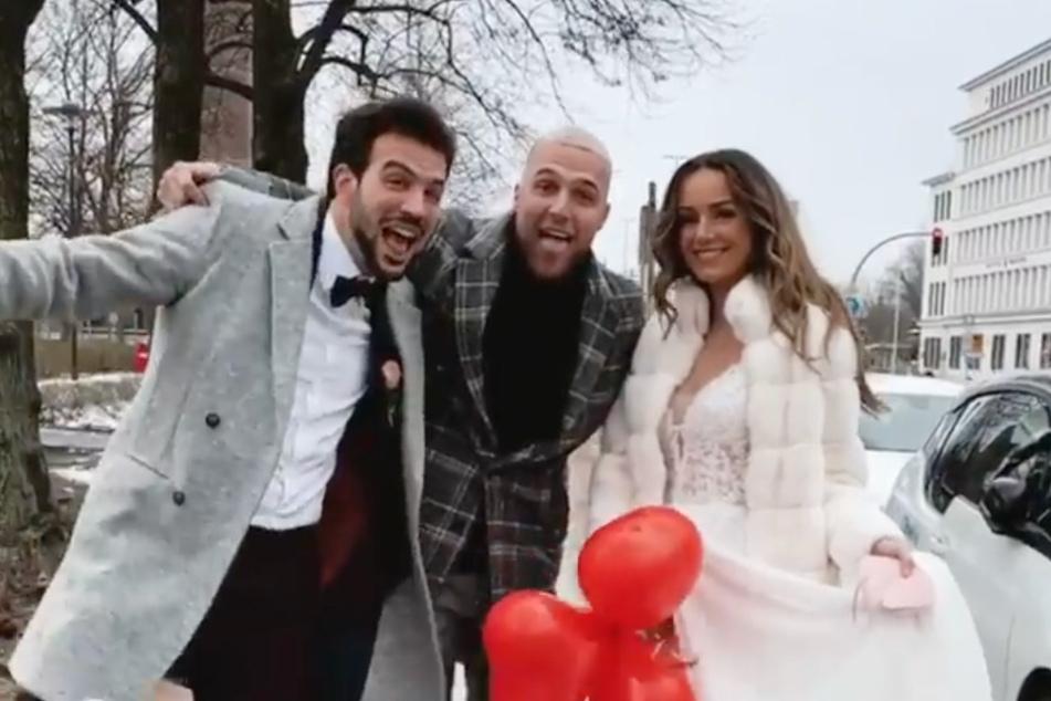 Filip Pavlovic (26) feiert mit dem Hochzeitspaar.