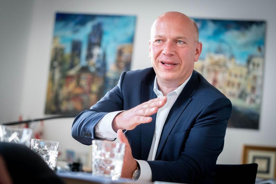 Berlins CDU-Vorsitzender Kai Wegner (48) findet lobende Worte für diese Entscheidung.