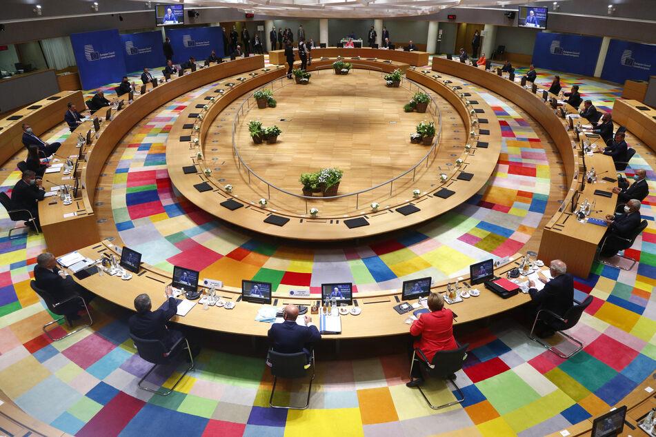 Blick in eine Gesprächsrunde der EU-Kommission.