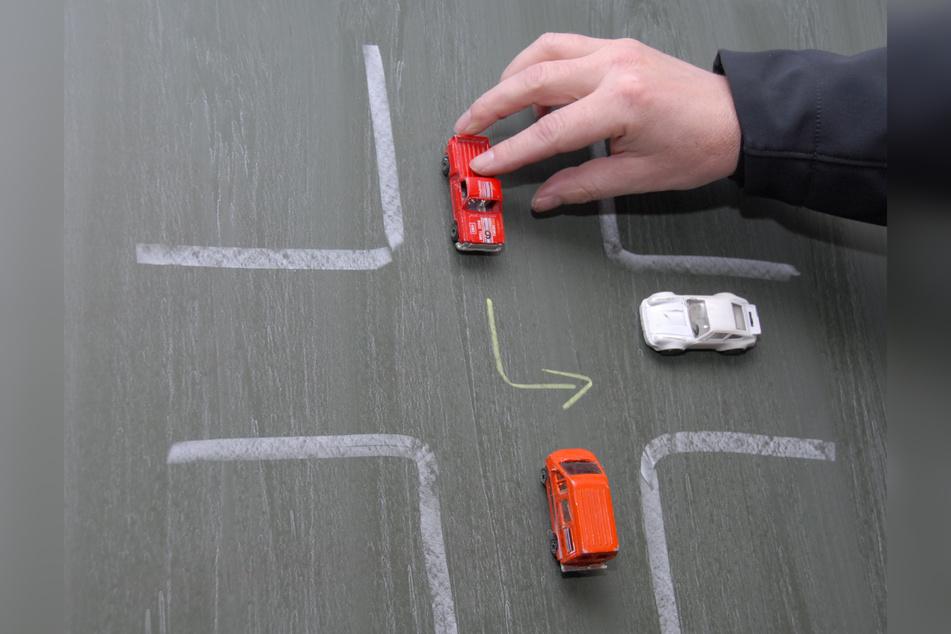 Rechts-vor-links-Vorfahrten können autonom fahrende Busse laut Studie bislang nicht bewältigen.