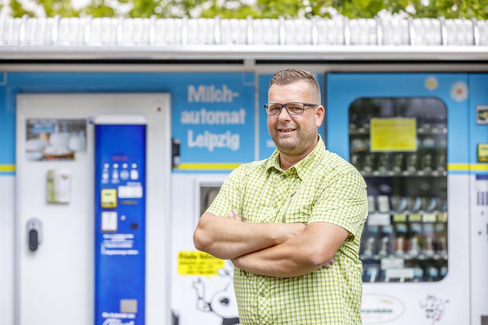 Hat das Netz von Milchautomaten in Leipzig aufgebaut: Thomas Rauchfuß (48). Er setzt neuerdings auf kleine Zapfkühlschränke.
