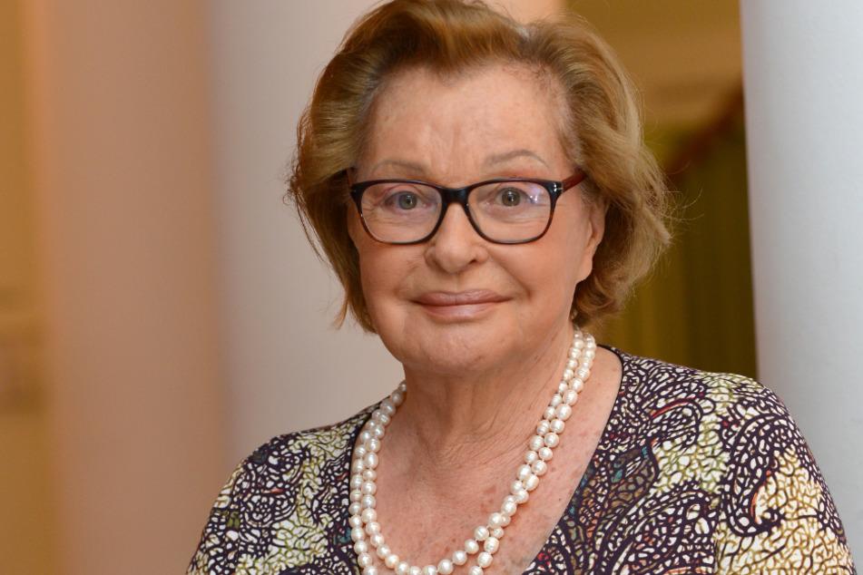 """Hamburg: Schauspielerin Nadja Tiller (91) an Corona erkrankt: """"Geht mir gar nicht gut"""""""