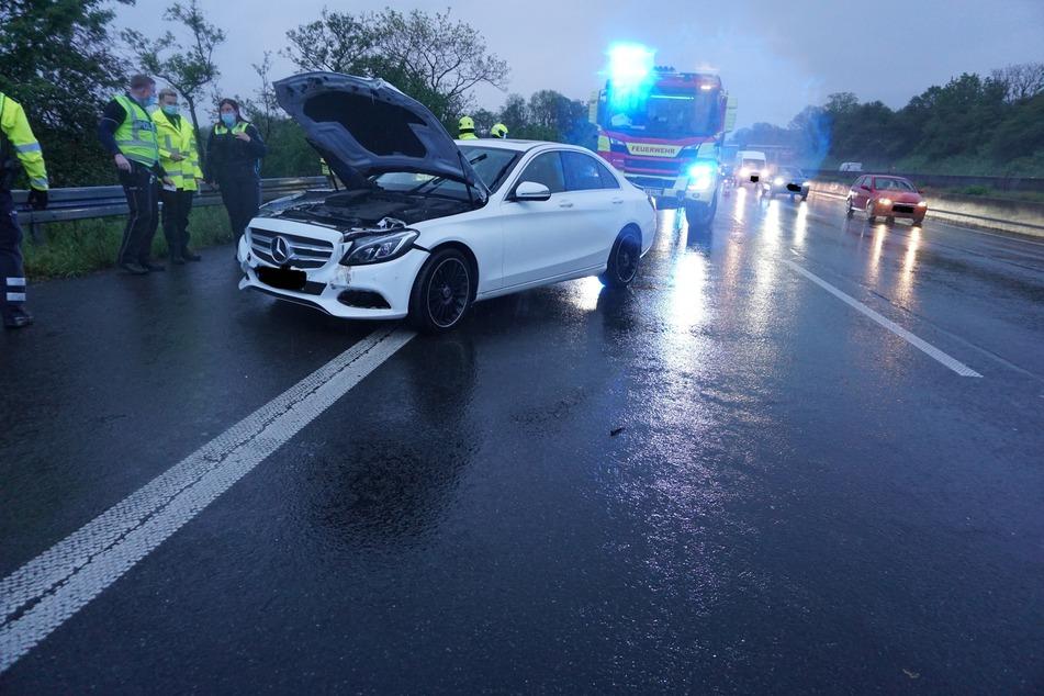 Der Fahrer konnte sein Auto leicht verletzt verlassen.