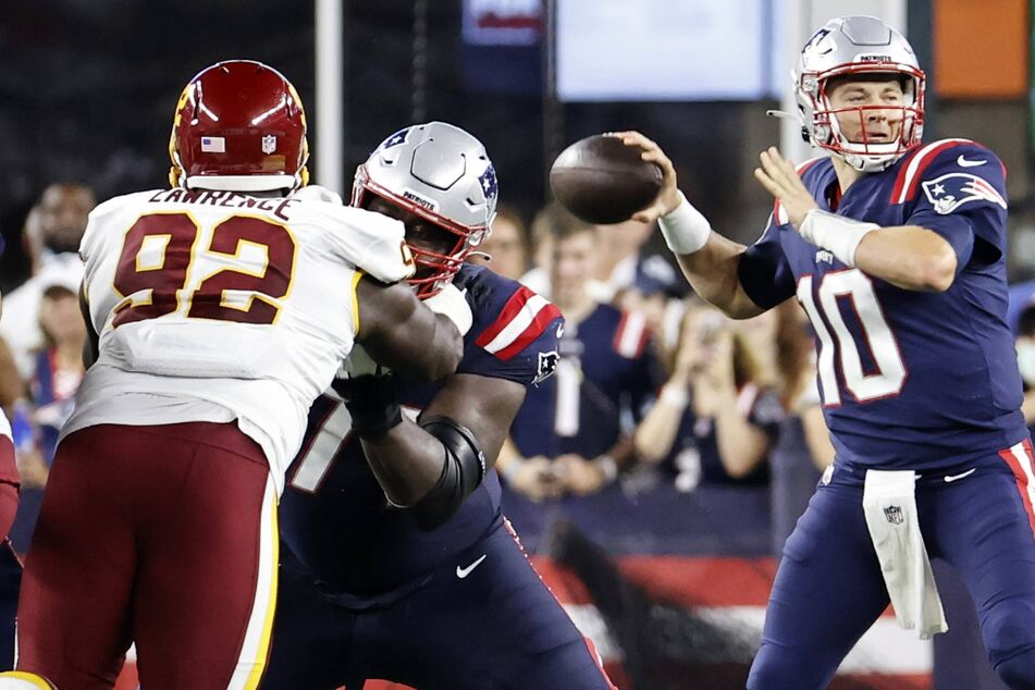 NFL: The Pats beat the WFT as rookie QB Mac Jones gets his first taste of NFL action