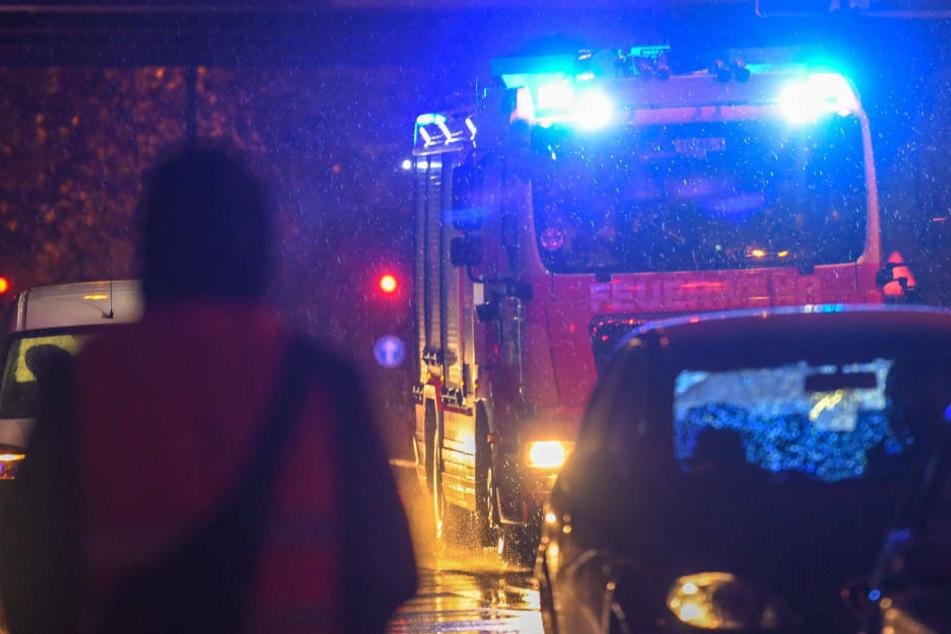 Keller in Mehrfamilienhaus mit fünf Tonnen Holzpellets brennt