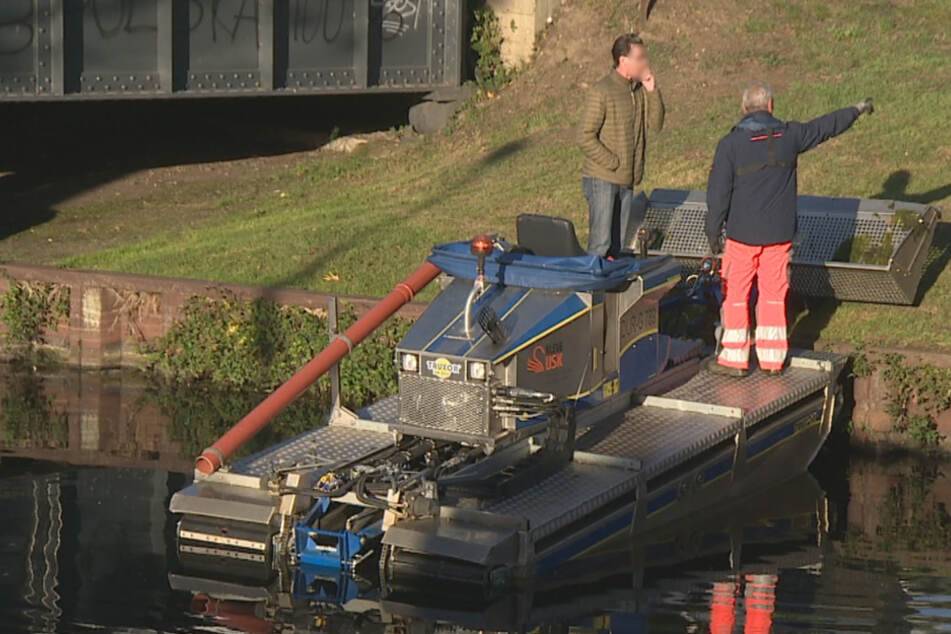 Leiche in Kanal gefunden, Polizei löst den Fall