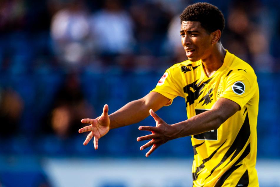Jude Bellingham feierte ein starkes Testspieldebüt beim BVB. Er deutete an, warum sich Dortmund seine Dienste 25 Millionen Euro kosten ließ.