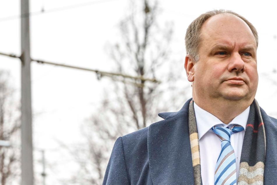 Dresden: 1000 Euro für Corona-Opfer!OB Hilbert: So unbürokratisch wird die Soforthilfe gewährt