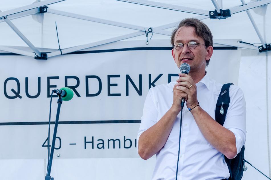"""Bodo Schiffmann im August bei einer """"Querdenken""""-Veranstaltung in Hamburg."""
