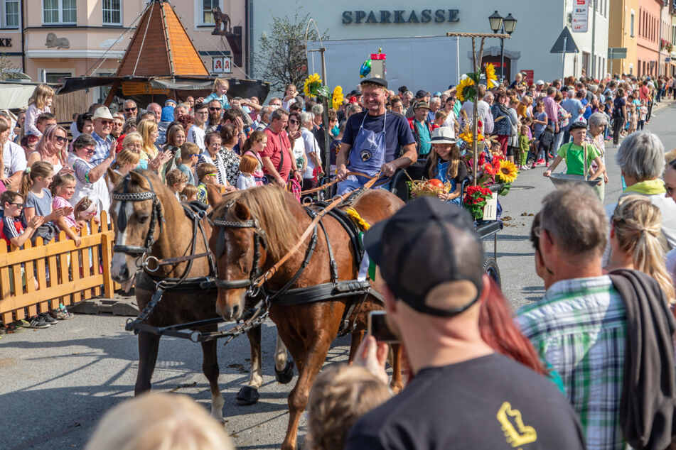Der Festumzug durch Zwönitz bildete den Höhepunkt des Feier-Wochenendes.