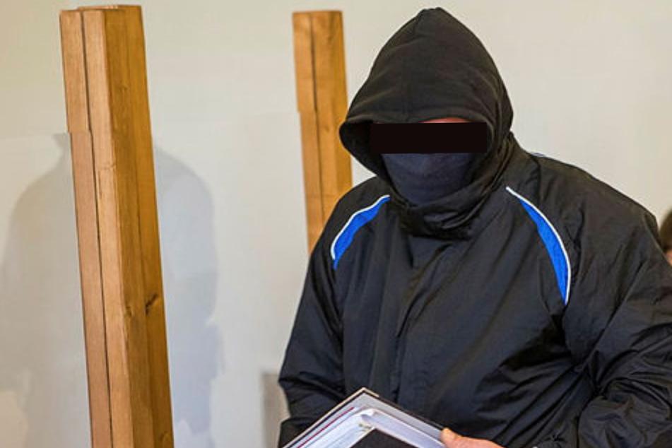 Sohn als Sex-Sklaven gehalten: Widerliche Details kommen vor Gericht ans Licht