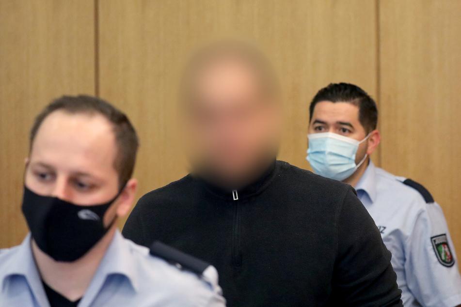 """Der Serienstraftäter """"Brummi-Andi"""" steht seit Juli 2020 erneut vor Gericht."""