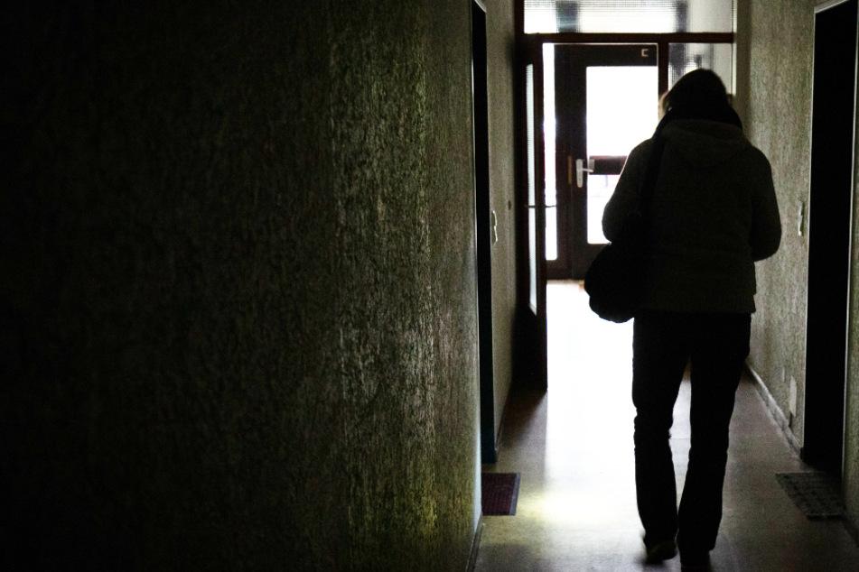 Sex-Attacke auf 16-jähriges Mädchen