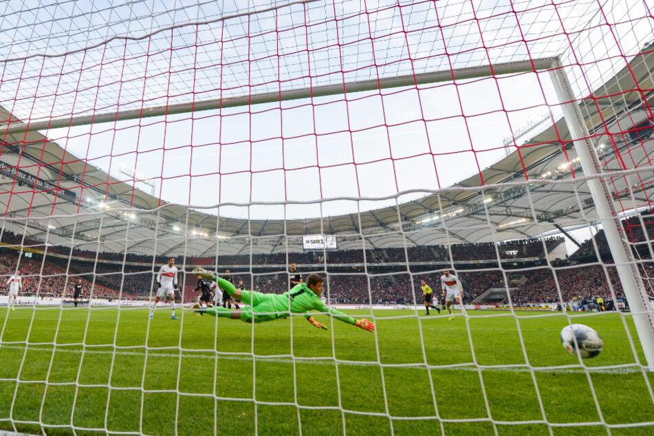 Das Testspiel VfB Stuttgart gegen den FC Barcelona steht vor der Absage. (Archivbild)