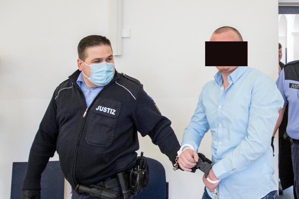 Urim H. (36) kümmerte sich laut Anklage um die Finanzen.