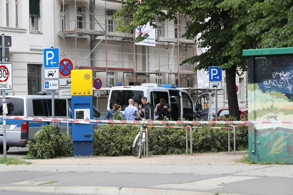 Zahlreiche Kräfte der Leipziger Polizei waren im Einsatz vor Ort.