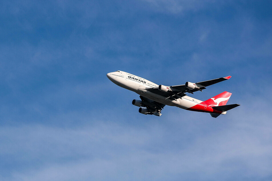The Australian airline Qantas offered a long-haul sightseeing flight.
