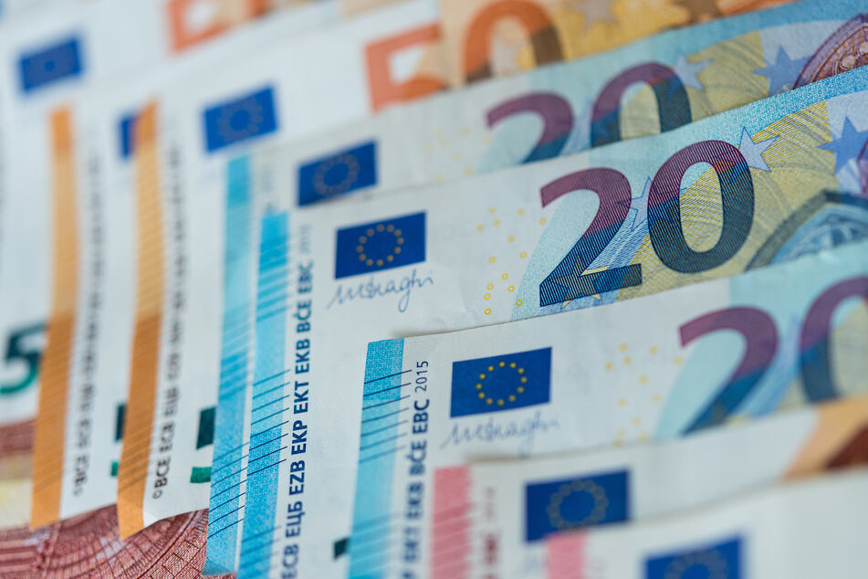 Es geht um viel Geld, immerhin kann die Quarantäne bis zu zwei Wochen andauern und somit einen halben Monatslohn kosten. (Symbolbild)