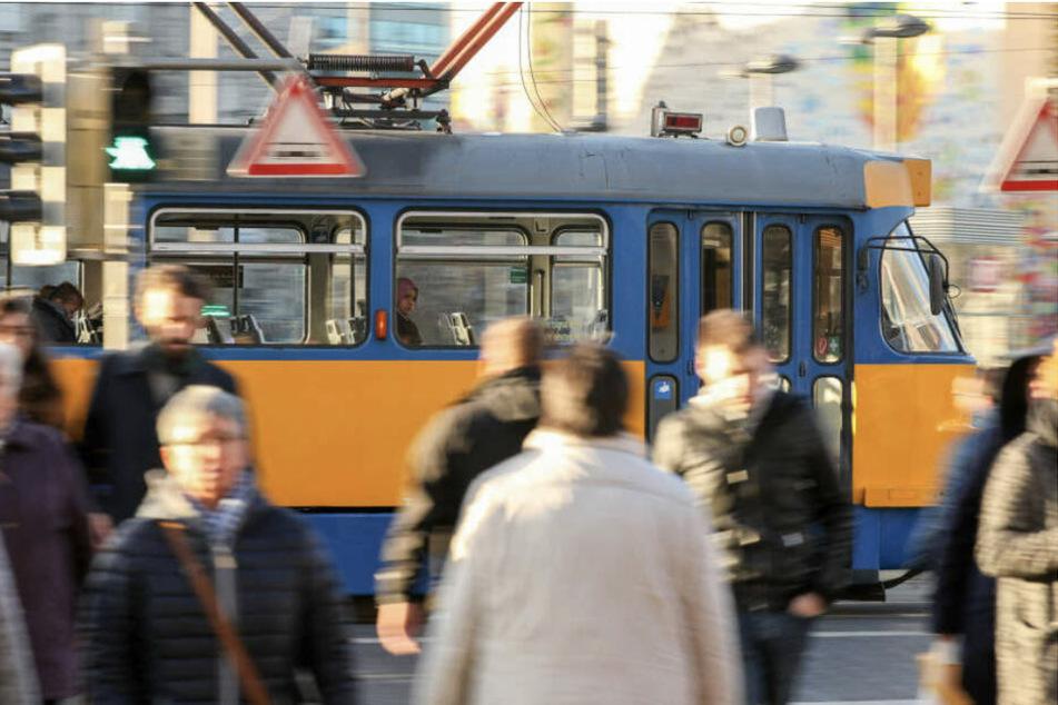 Während der Corona-Pandemie brachen die Fahrgastzahlen der öffentlichen Verkehrsmittel in Leipzig ein. Das wiederum warf die Planungen für das 365-Euro-Ticket zurück.