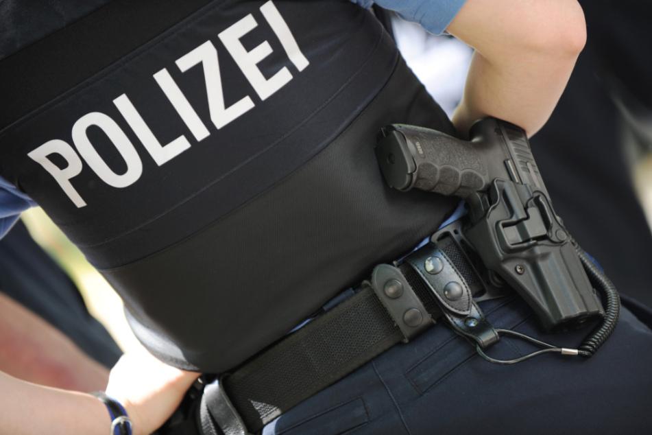 Die Polizei durchsuchte anschließend das Haus (Symbolfoto).