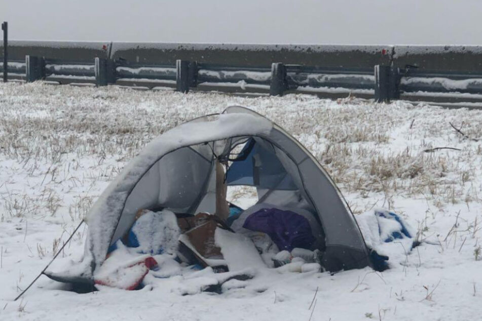 With temperatures dropping, the homeless are left with the shelter of their tent to block from the wind