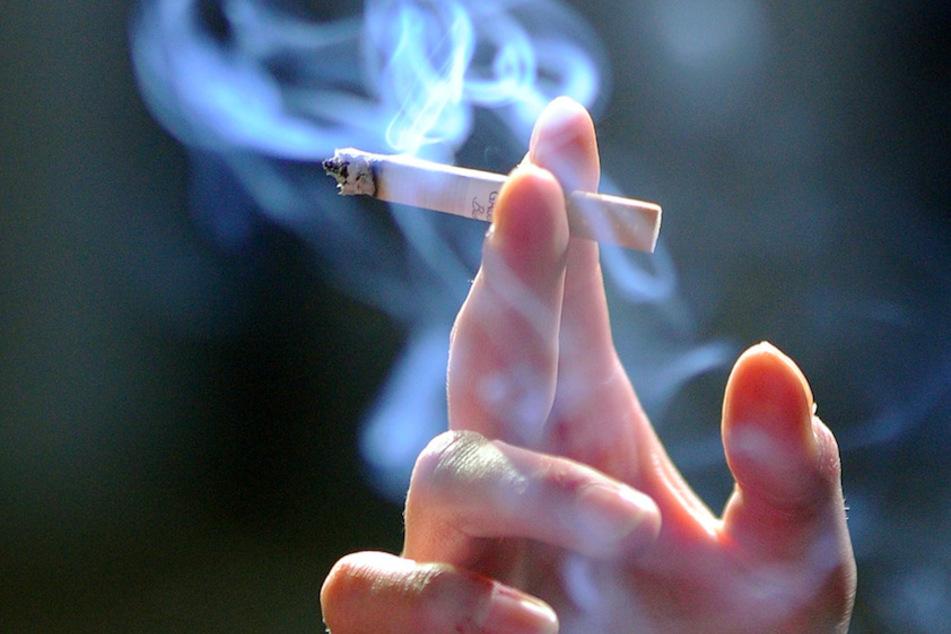 Erst 15 und schon Drogen dabei: Kontrolle im Kinderzimmer bringt einiges zutage