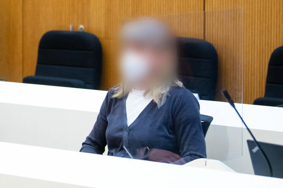 Die 55-jährige Angeklagte könnte am Donnerstag ihr Urteil wegen unter anderem Vorbereitung einer schweren staatsgefährdenden Gewalttat.