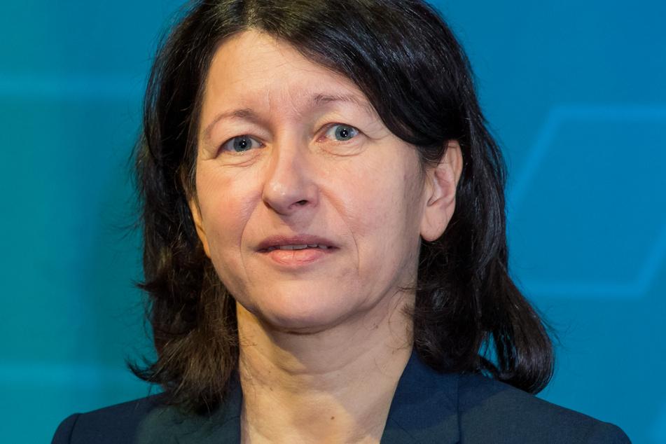 Die stellvertretende DGB-Landesvorsitzende Verena di Pasquale (56) übt Kritik. Anlass ist eine wachsende Kluft zwischen Arm und Reich in Bayern.