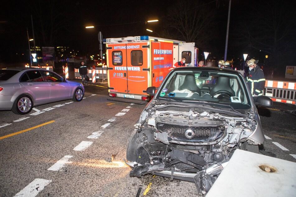 Rote Ampel überfahren: Drei verletzte Personen, eine von ihnen schwer
