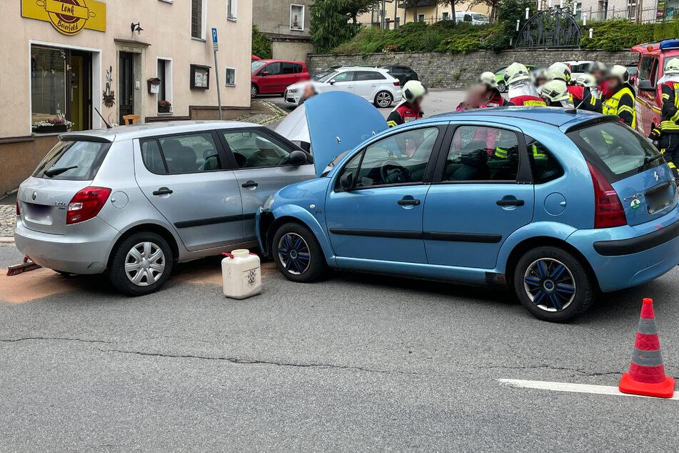 In Grünhain-Beierfeld sind am Freitag ein Skoda und ein Citroën zusammengestoßen.