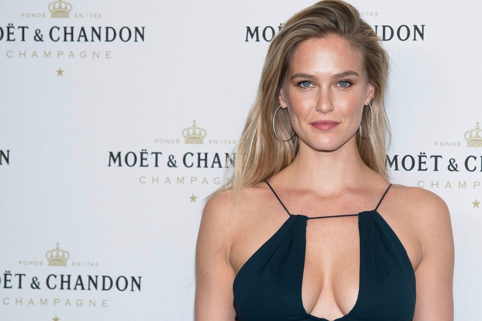 Model Bar Refaeli sentenced to community service for tax evasion