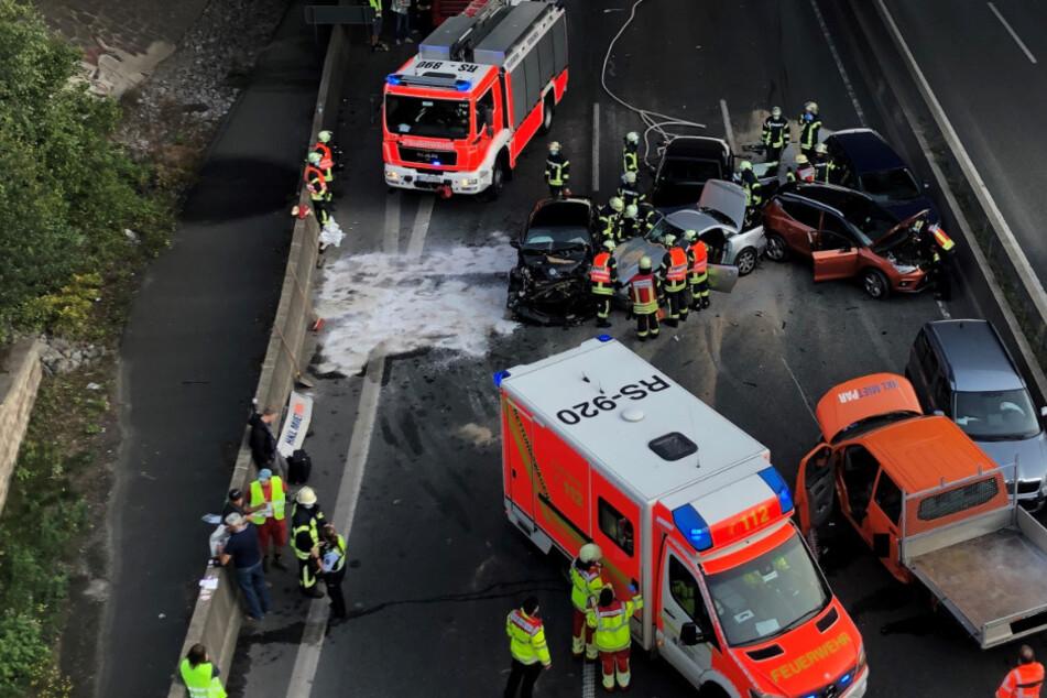 Die Unfallstelle auf der A1 bei Remscheid.
