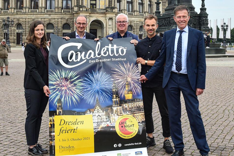 Freuen sich auf das Stadtfest (v.l.): Citymanagement-Chefin Friederike Wachtel (32), Wirtschaftsförderungs-Amtsleiter Robert Franke (43), Stadtfest-Chef Frank Schröder (52), Stefan Kästner (36, Künstlerischer Leiter Stadtfest) und Landtagspräsident Matthias Rößler (66).