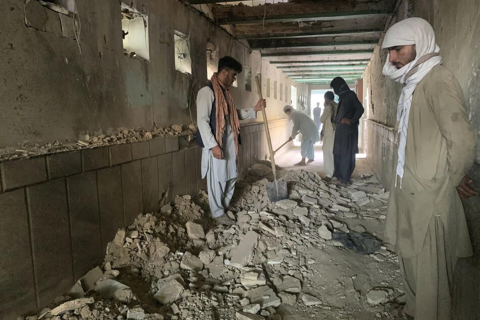Afghanistan: Mindestens 32 Tote bei Selbstmord-Anschlag auf Moschee